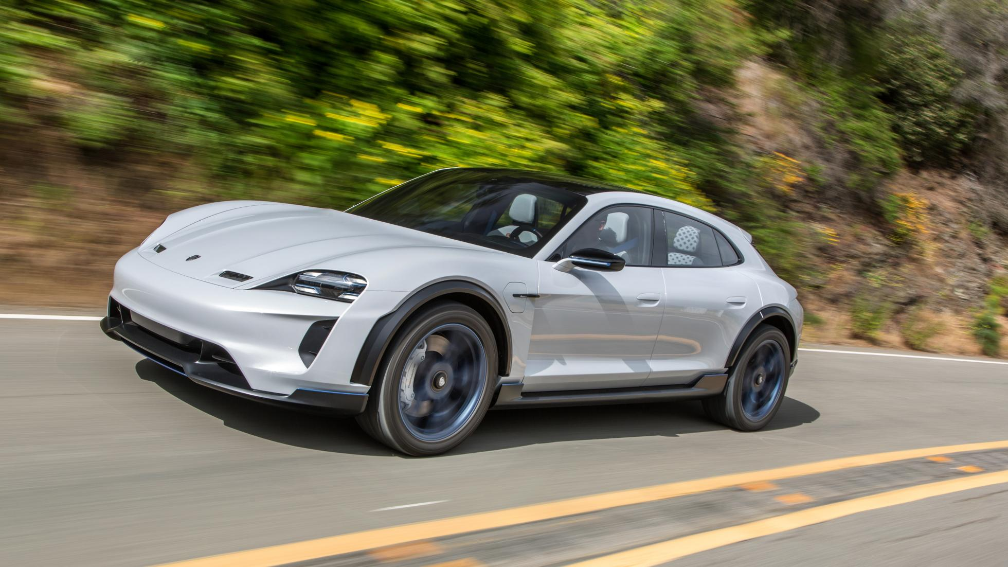 Le Porsche Taycan Cross Turismo arrivera en 2020 - Galerie