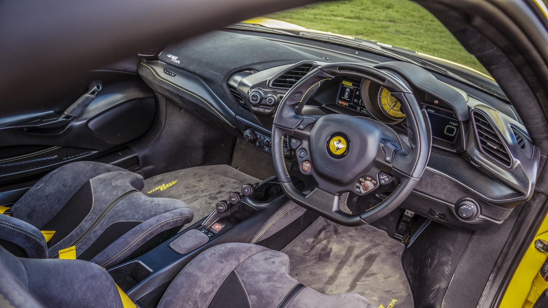 Intérieur Ferrari 488 Pista