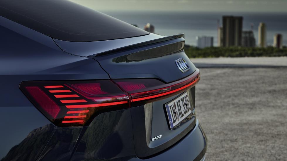 L'Audi e-tron Sportback a des feux excessivement intelligents - Galerie