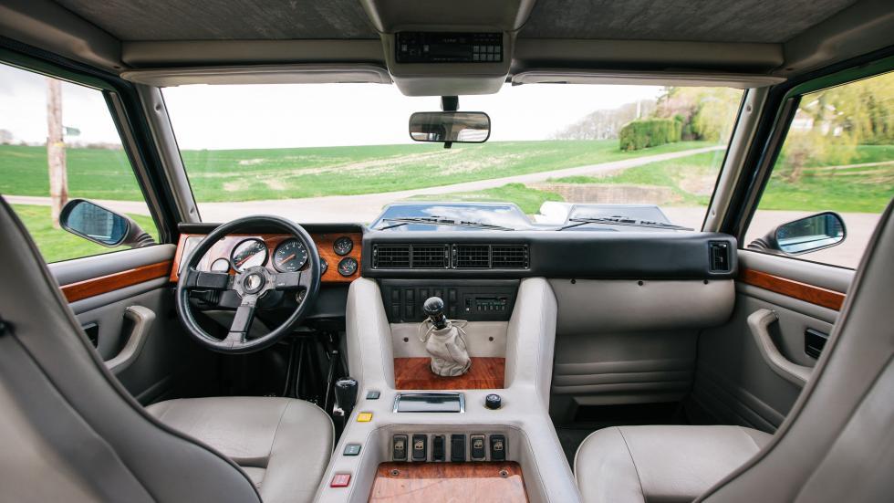 À vendre : Lamborghini LM002, ex-Stig, comme neuf - Galerie