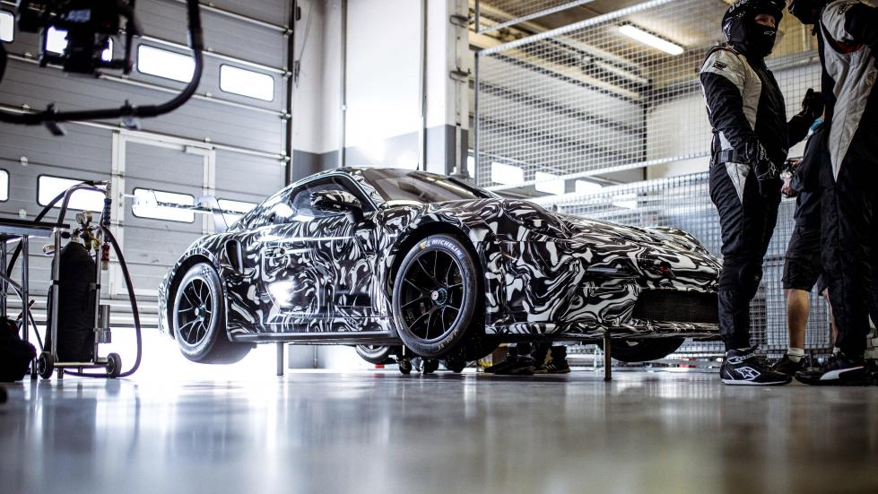 La future Porsche 911 GT3 Cup a un ÉNORME aileron - Galerie