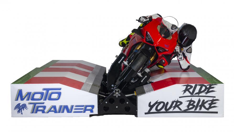 Transformez votre moto en simulateur - Galerie