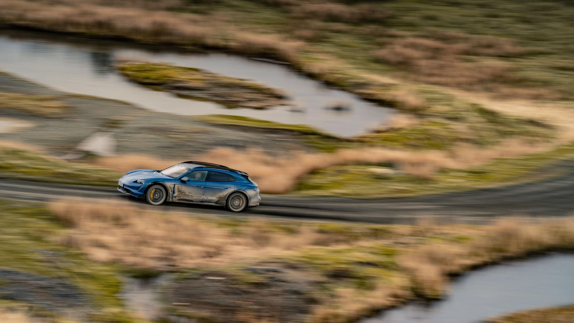Essai-Porsche-Tayacan-Cross-Turismo